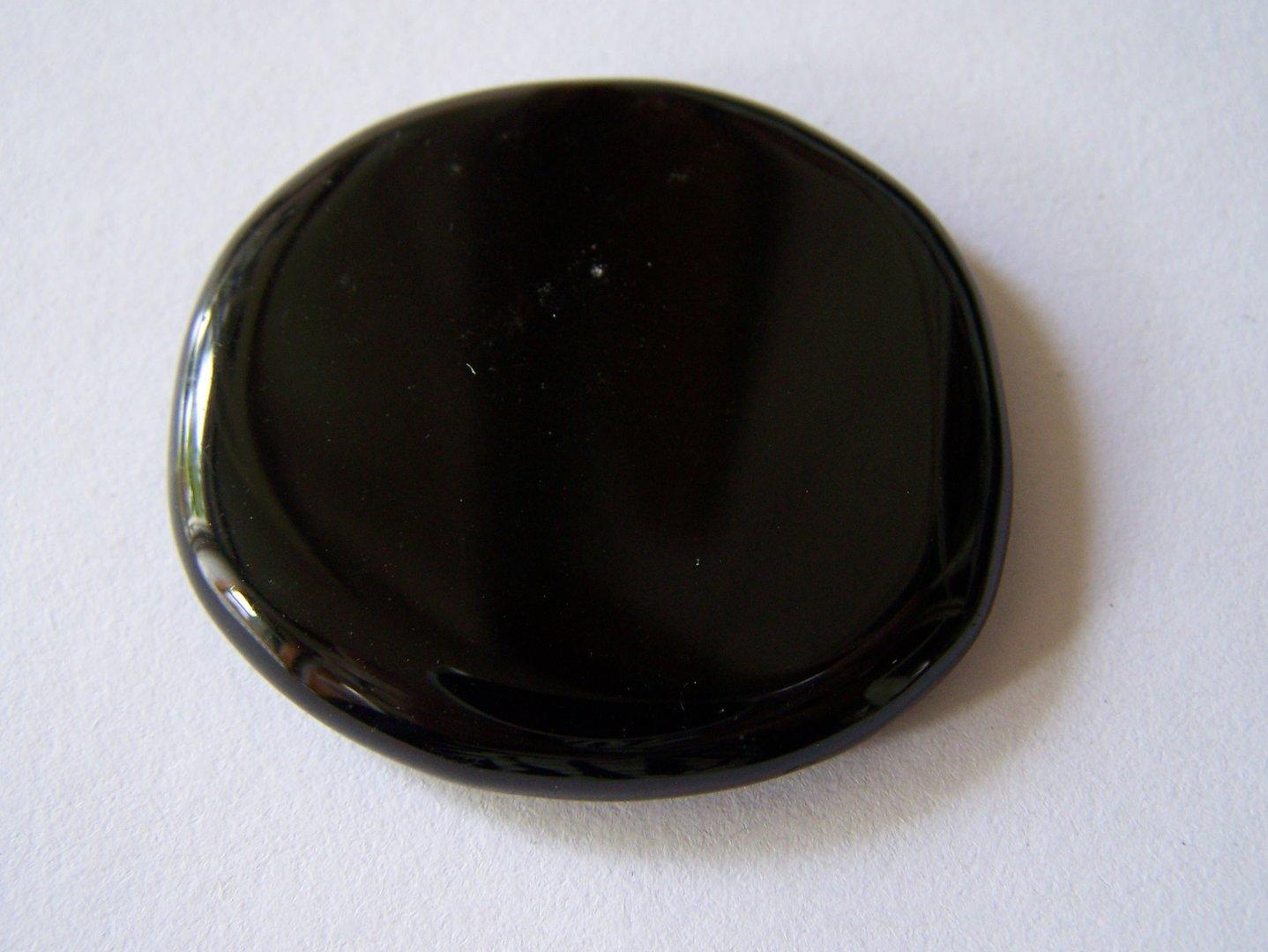Obsidiaan_zwart_platte_gepolijste_steen_01.1.jpg